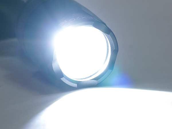 ex072 element surefire フラッシュライト m600c
