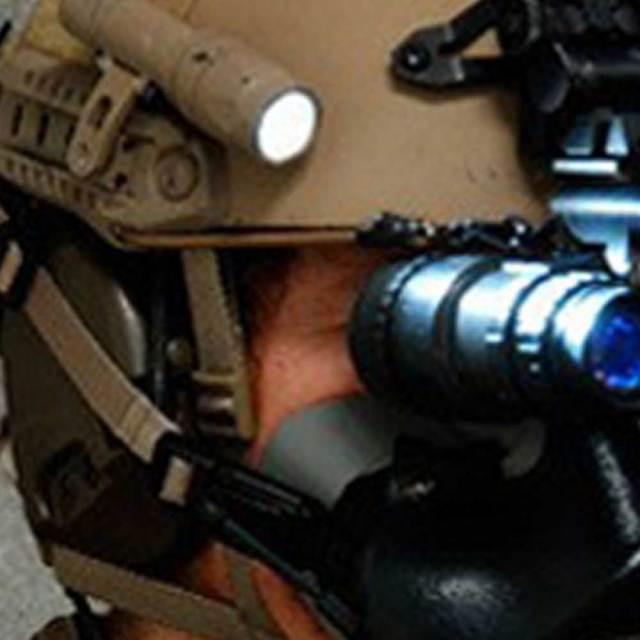 EvolutionGear製 アルミCNC S&Sタイプ M-Ax ヘルメットレール用 マウント TAN