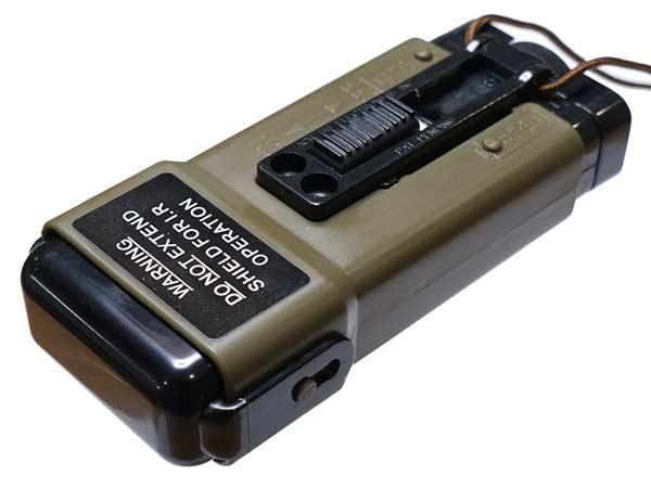 G&P社製【GP267】 Military Distress Marker Light Type BB Loader